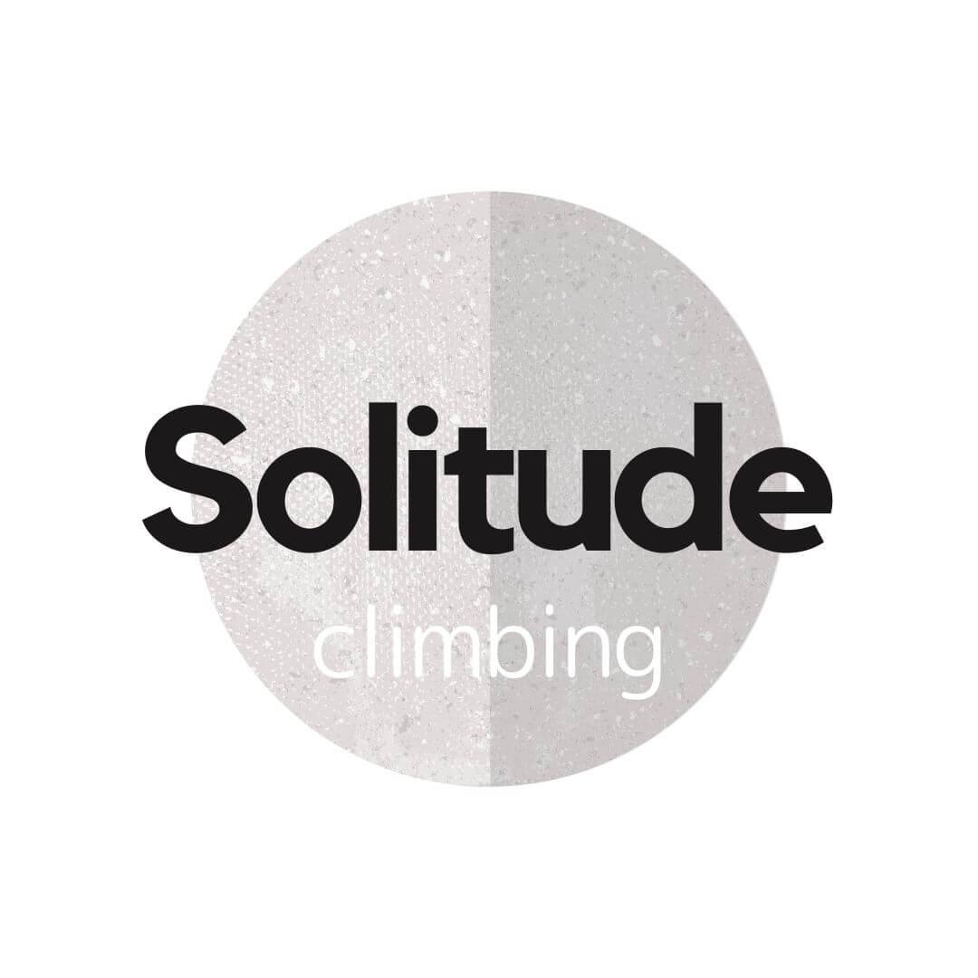 solitude climbing ロゴ