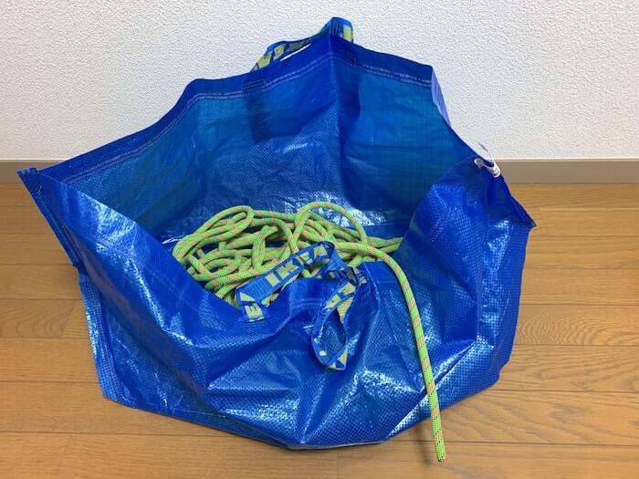リードクライミングであると便利な道具 IKEAの袋