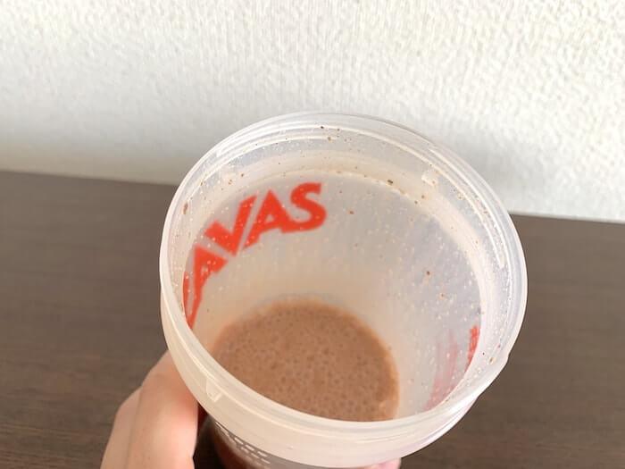 マイプロテイン ナチュラルチョコレート味 低脂肪乳割り 溶かしたところ